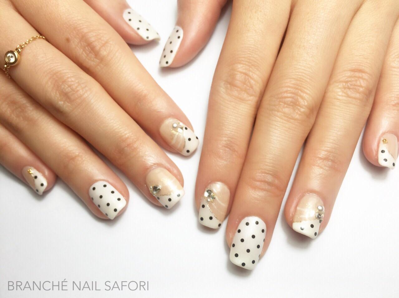 Kawaii Polka Dots (Safori)