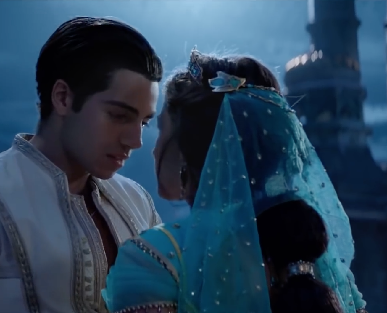 10 Things You Can Do To Look And Feel Like Princess Jasmine From