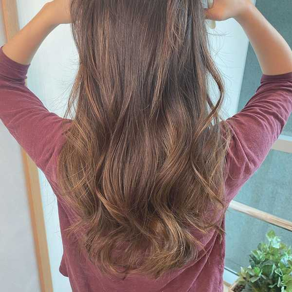 "Poster 19/"" x 13/"" Smooth Light Brown Hair Salon"